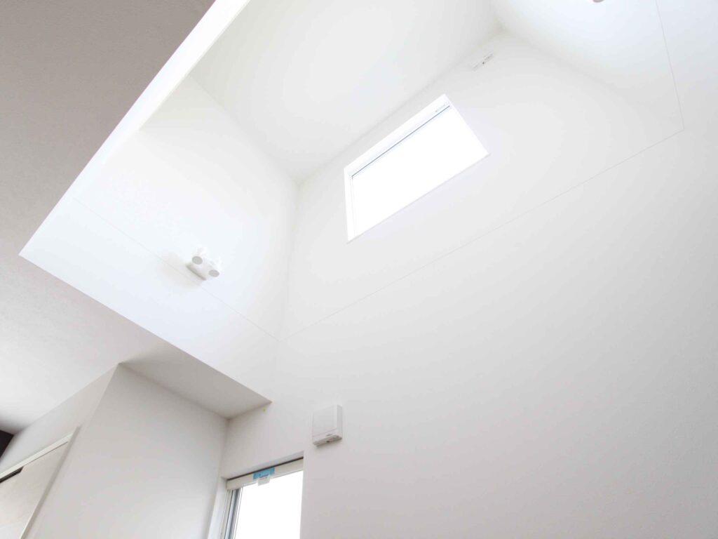自然な光で開放的なお家